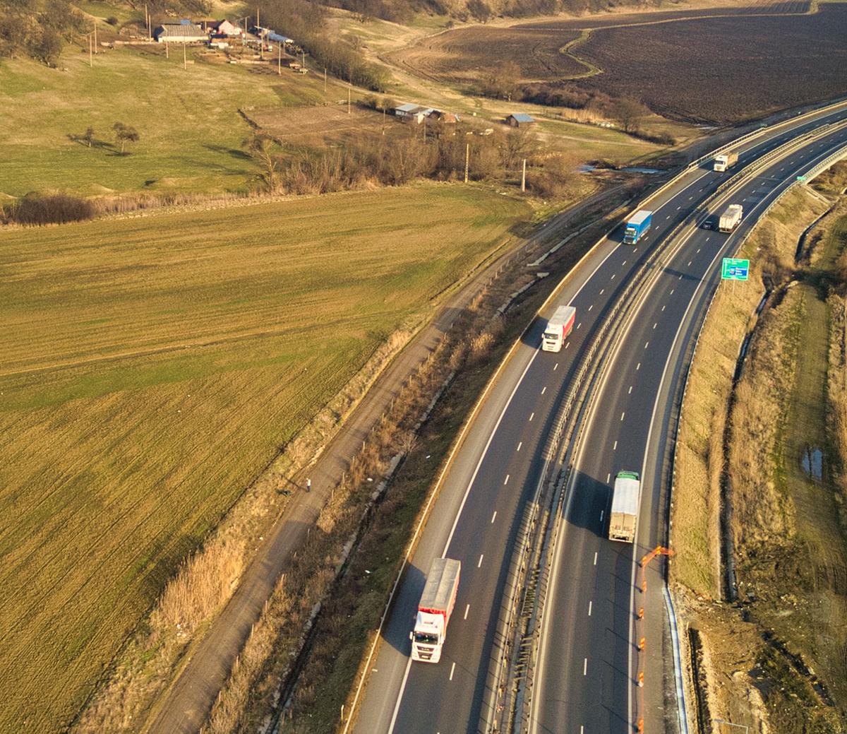 Скорость перевозки грузов с введением электронных ТТН вырастет до 600 км в сутки