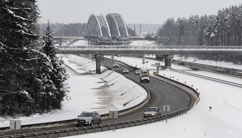 С 15 февраля по ночам будут перекрывать участок трассы М-1 «Беларусь»