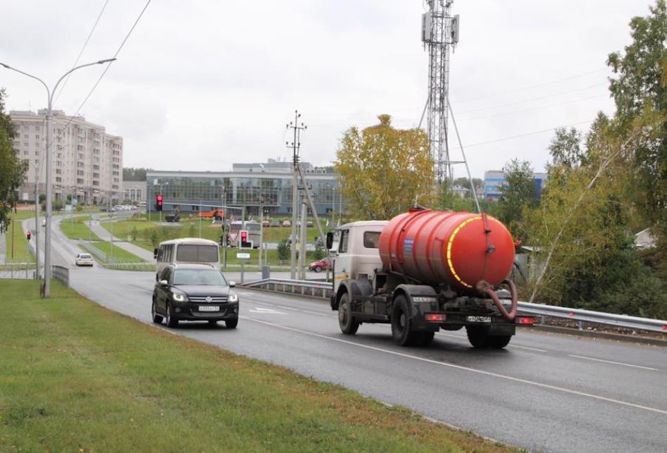 Большегрузам ограничат въезд в Новосибирск с 19 апреля