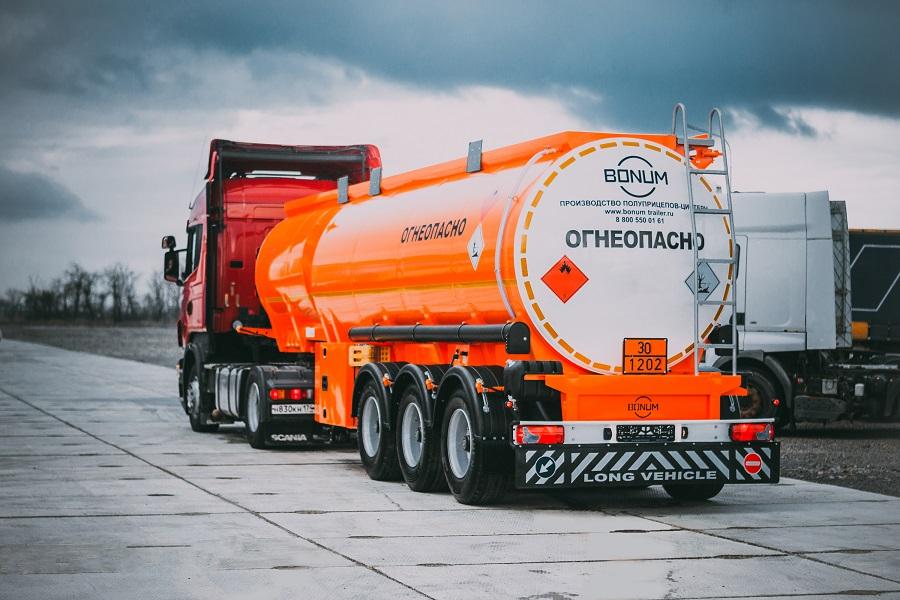 Бизнес-омбудсмен предлагает отложить установку ГЛОНАСС в транспорте, перевозящем опасные грузы, до июля 2021 года