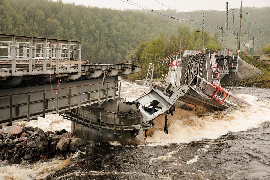 РЖД заключили контракт на восстановление обрушившегося моста под Мурманском