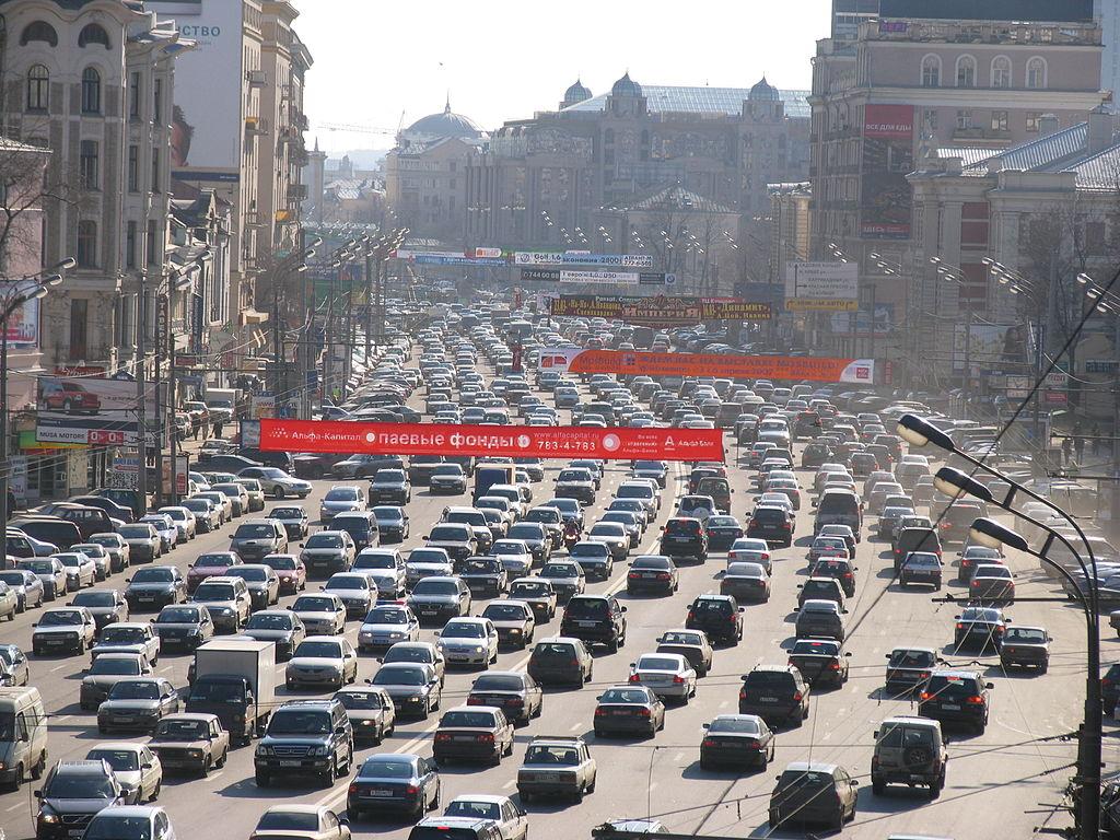 В Госдуму опять внесли законопроект об отмене транспортного налога