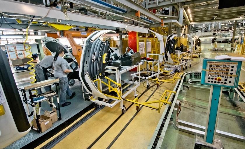Правительство разрабатывает меры поддержки автопроизводителей и дилеров на фоне пандемии