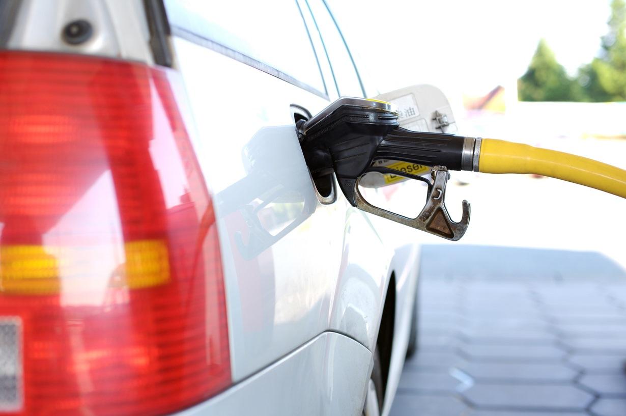 Итоги недели: рост топливных цен сдержат административной «рекомендацией»