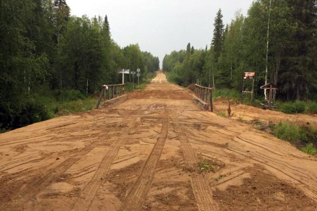 В Коми восстановили проезд по поврежденному мосту через реку Виль