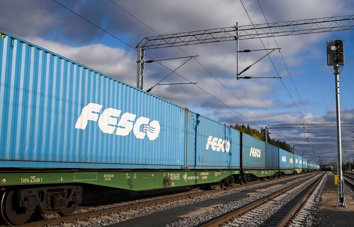 FESCO запускает контейнерный поезд из Санкт-Петербурга в Новосибирск