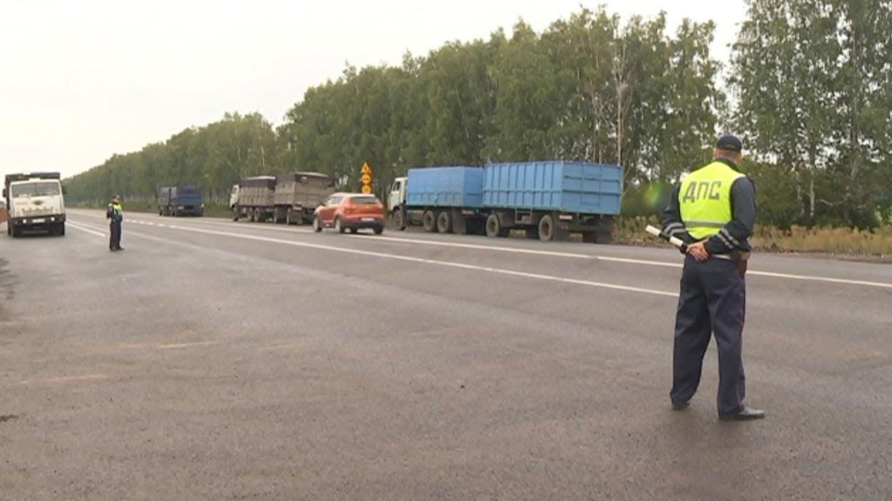 В ГИБДД считают, что в 18 лет управлять грузовиком еще рано