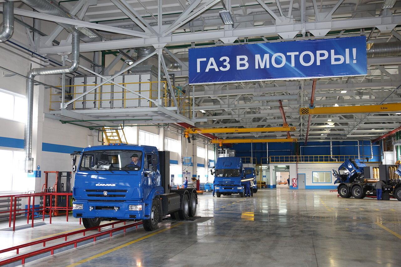 «Почта России» планирует перевести половину своего автопарка на метан