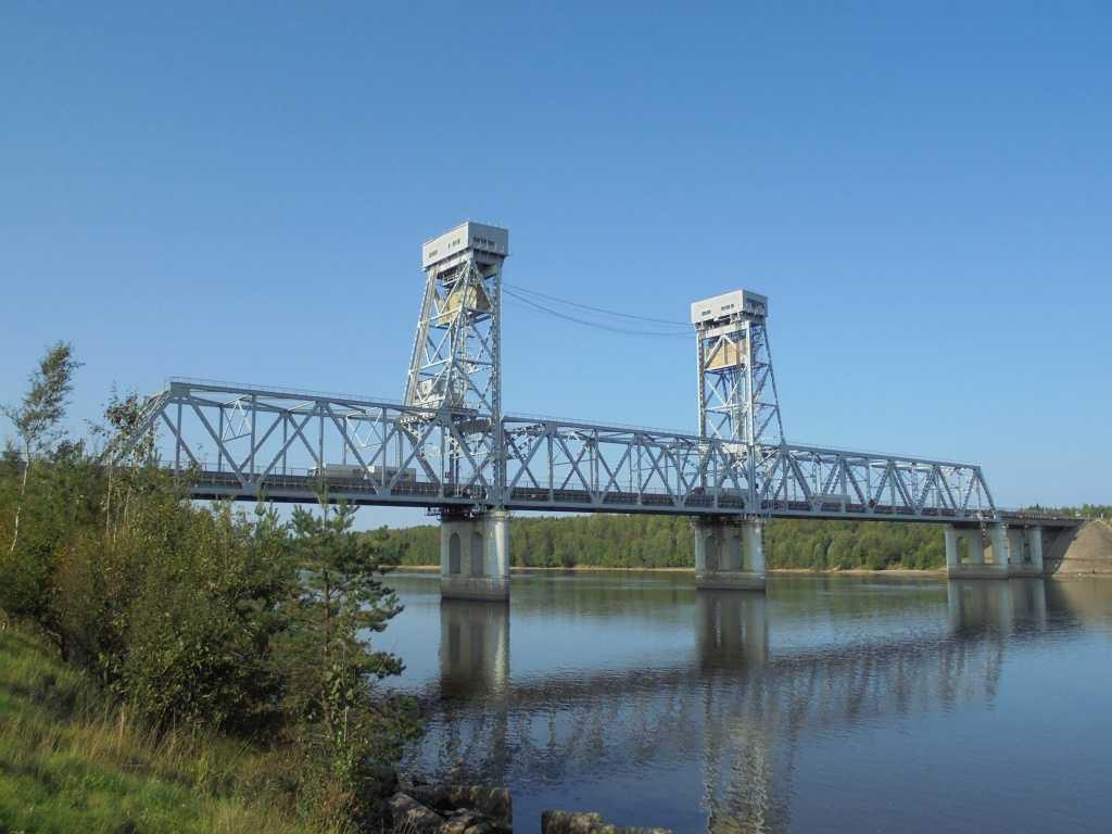 Мост через реку Свирь на трассе Р-21 «Кола» разведут 25 мая
