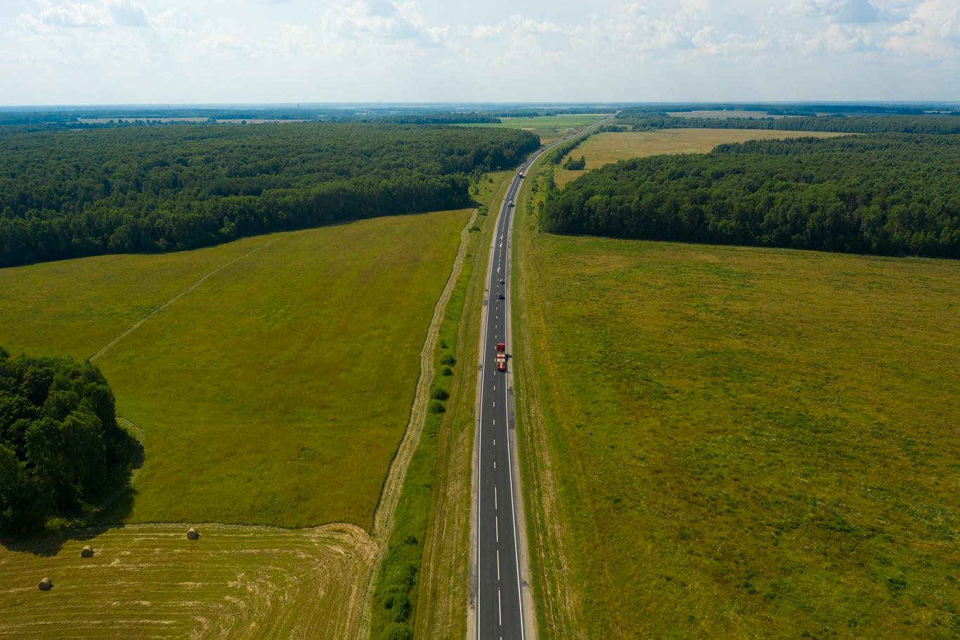 В Калужской области слоями износа защитили 18 км федеральных трасс
