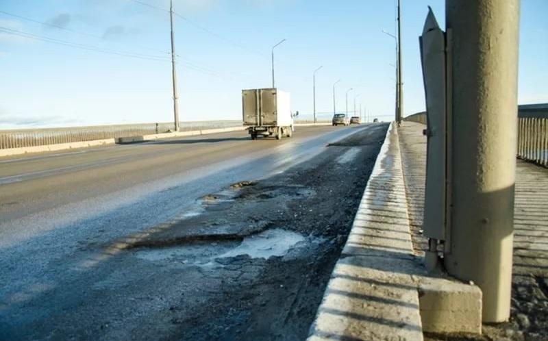 Власти рассчитывают отремонтировать Колмовский мост в Великом Новгороде досрочно