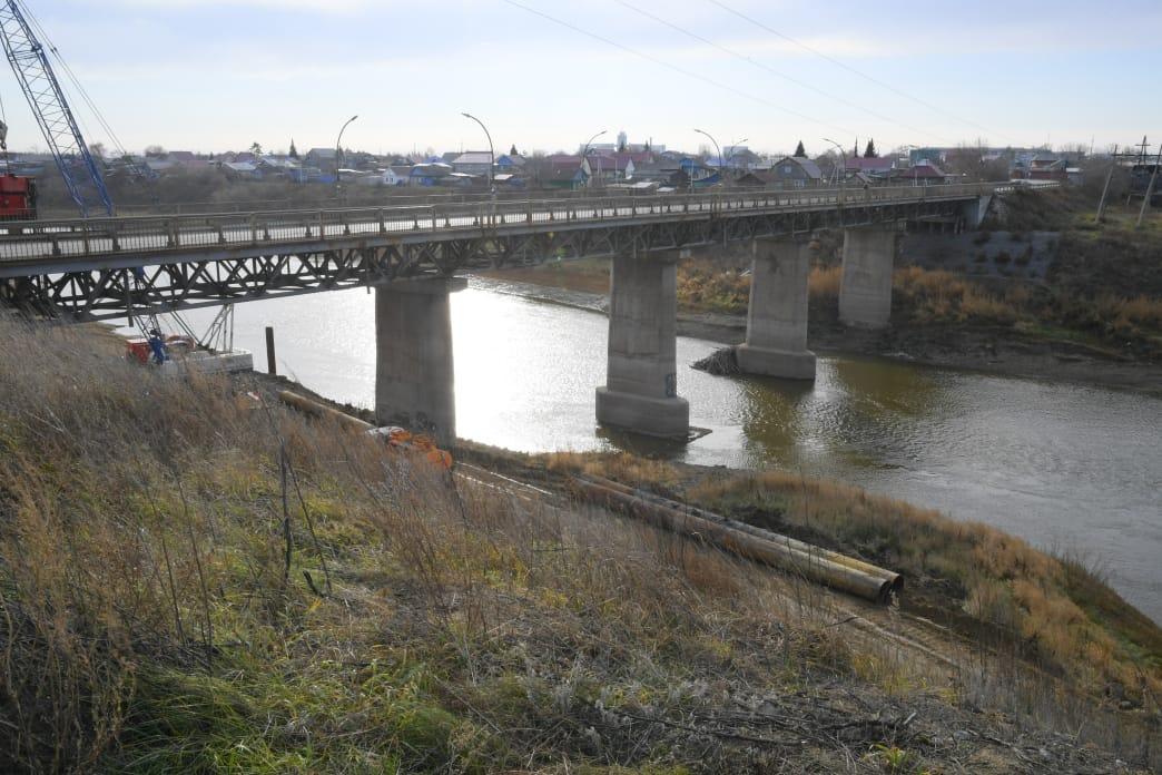 В омском городе Калачинск построят новый мост вместо аварийного