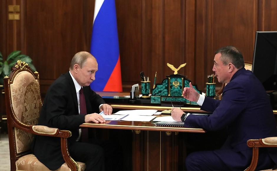 Власти Сахалина просят Президента сделать главную дорогу острова федеральной