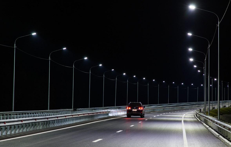 На федеральных трассах смонтируют 45 км линий освещения