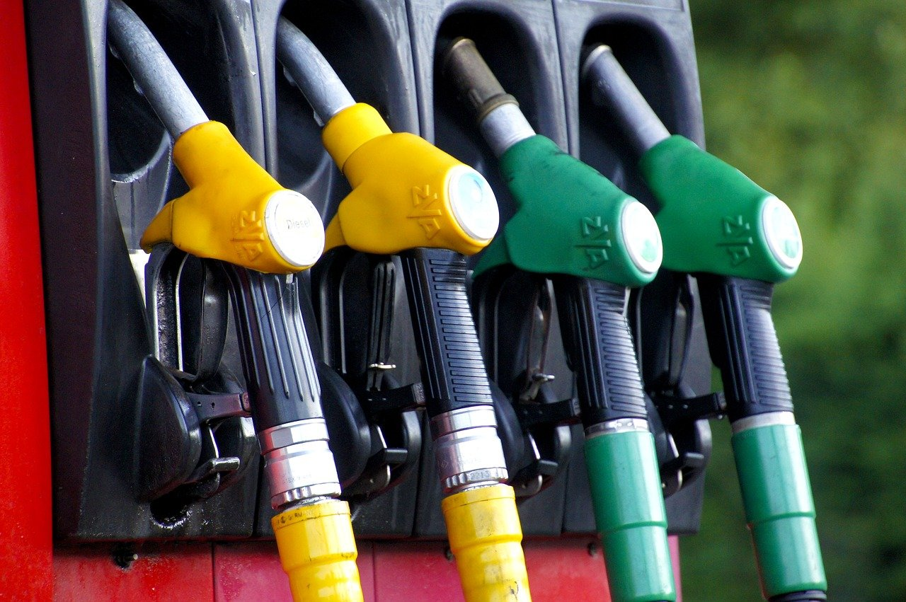 Рост розничных цен на бензин превышает инфляцию