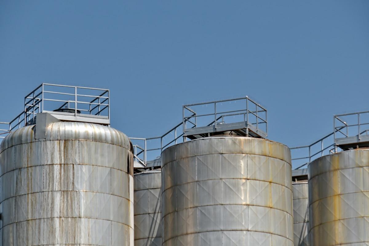 Минэнерго и ФАС подписали приказ о повышении продаж топлива на бирже