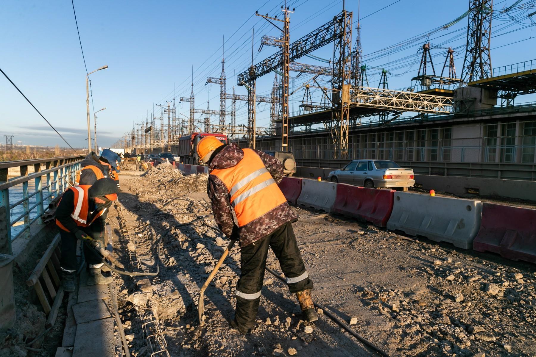 Российские регионы открыли дорожно-строительный сезон