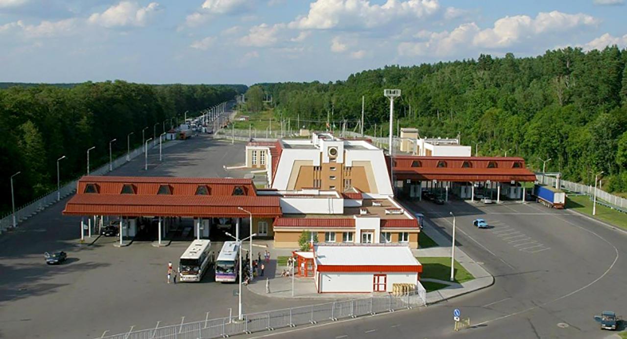 Пункт пропуска «Новая Гута» на границе Беларуси и Украины