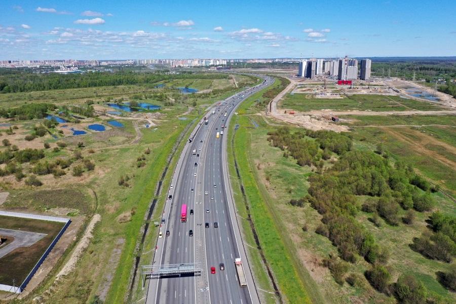 На участке внешнего кольца КАД между Московским шоссе и Софийской улицей перекроют две полосы движения