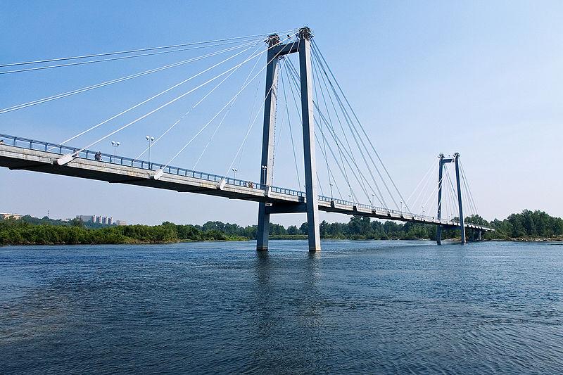 Средства от акцизов на бензин могут направить на строительство автомобильных мостов