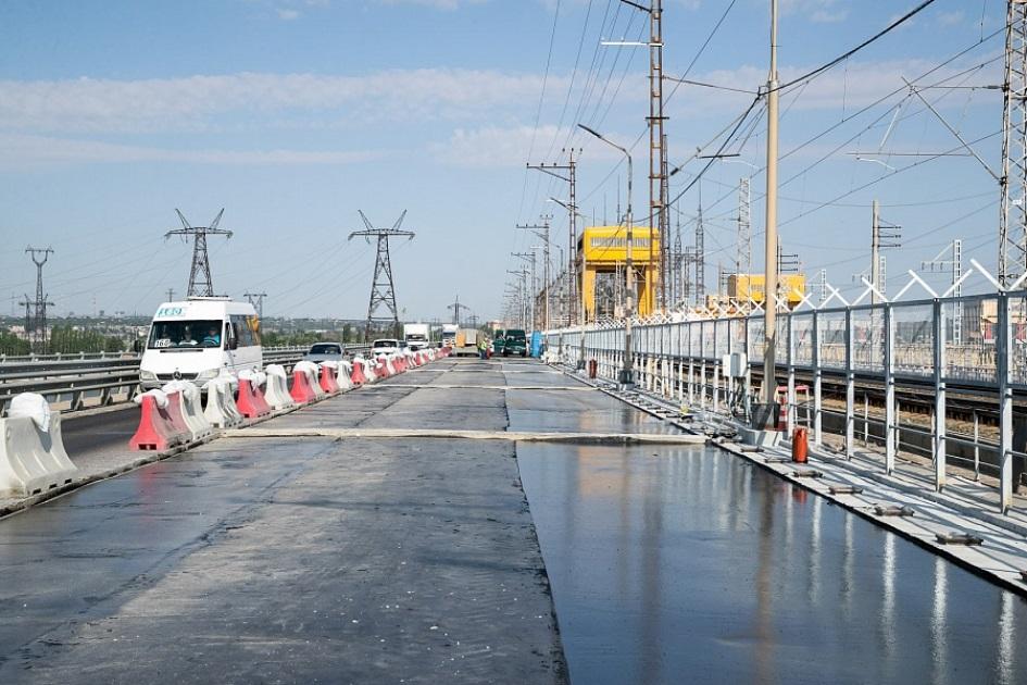 Движение по мосту через ГЭС под Волгоградом откроют до 1 сентября