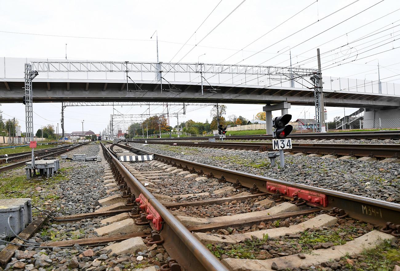 В Вышнем Волочке открыли путепровод через Октябрьскую железную дорогу
