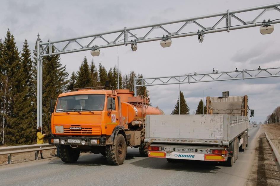 Движение грузовиков по дорогам Тывы ограничат с 30 марта