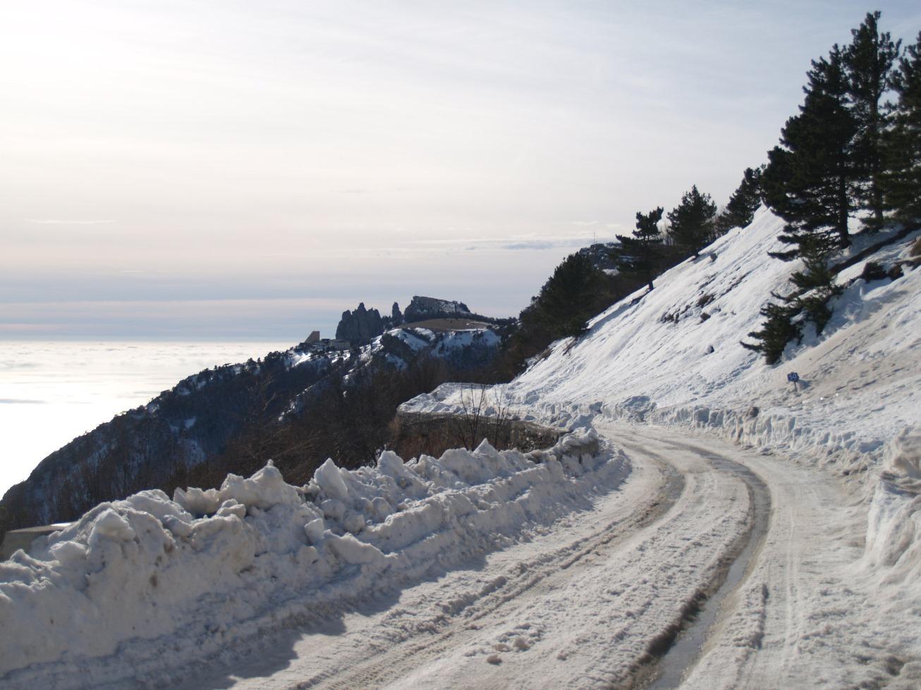 С 1 декабря в Крыму могут вводить зимние ограничения на проезд автомобилей