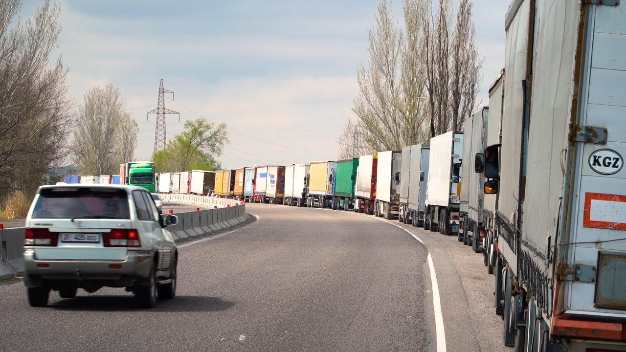С 10 июля в Казахстане будут ставить навигационные пломбы на грузовики