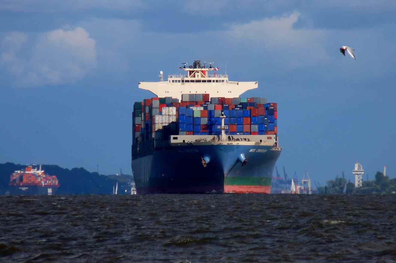 Ставки на контейнерные перевозки вновь снижаются