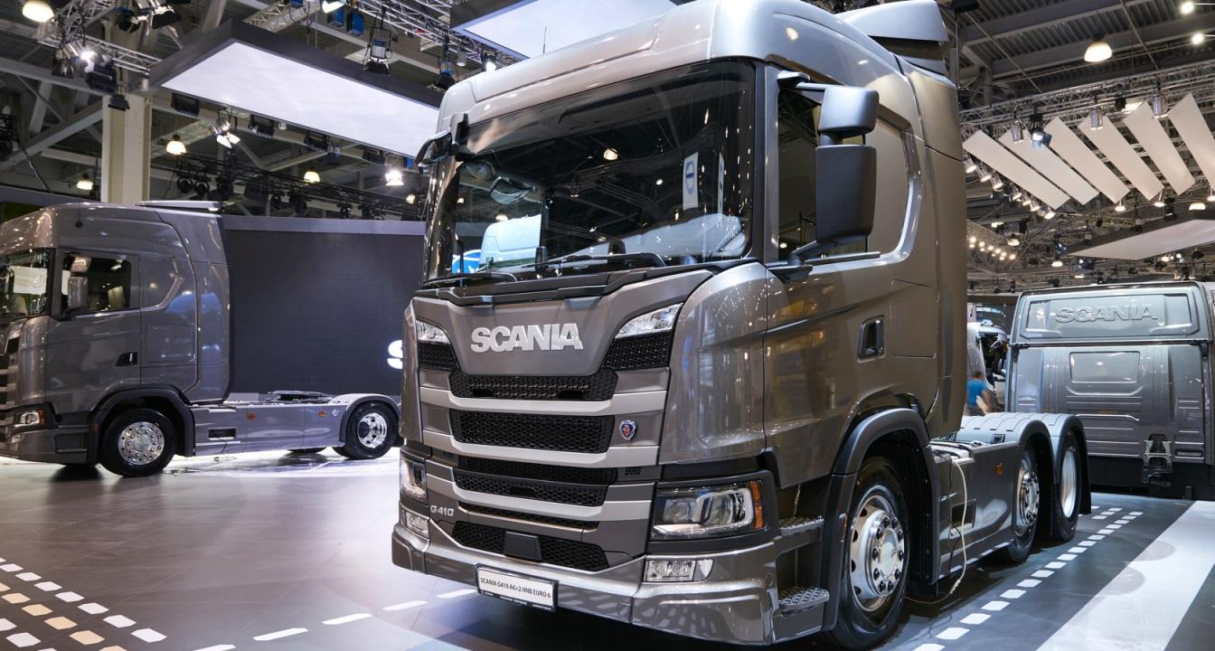 Продажи грузовиков в сентябре впервые за полгода показали рост