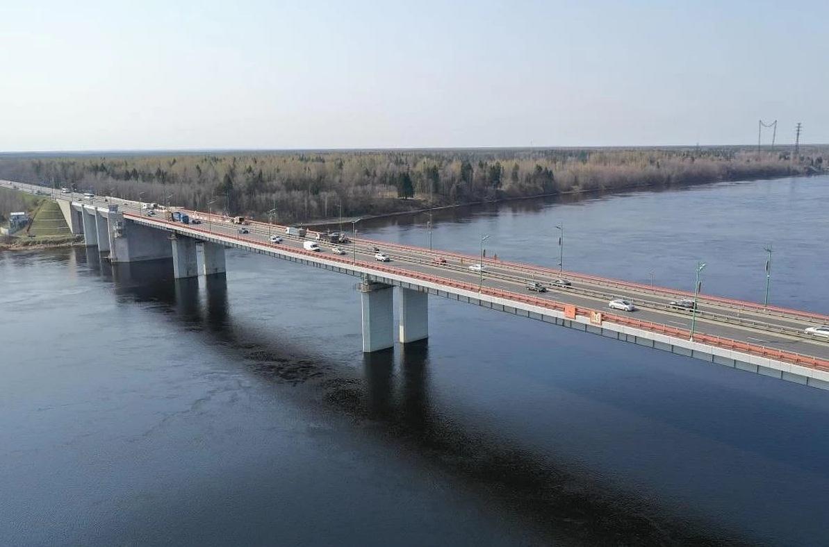 Разводку Ладожского моста на трассе Р-21 «Кола» перенесли на 4 августа