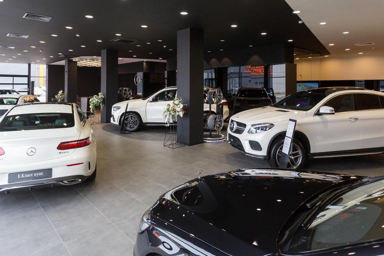 «Как в аптеку ездить-то?»: автодилеры просят снять запрет на продажу машин