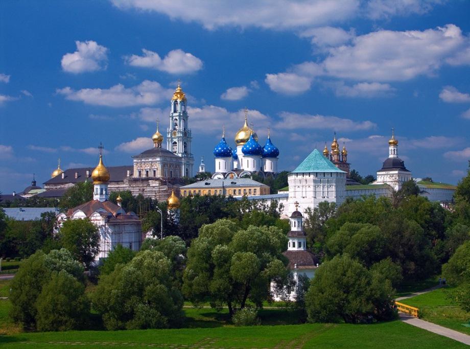 С 15 декабря грузовикам запретят въезд в Сергиев Посад