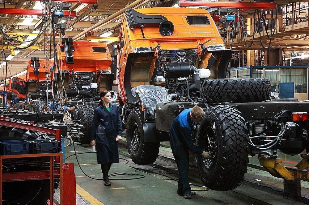 Правительство перенесло оплату утилизационного сбора автоконцернами за I и II кварталы на декабрь 2020 года