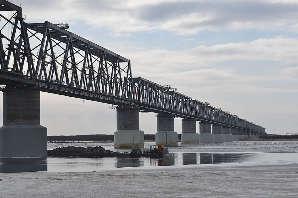 Россия и Китай обсуждают строительство новых трансграничных мостов