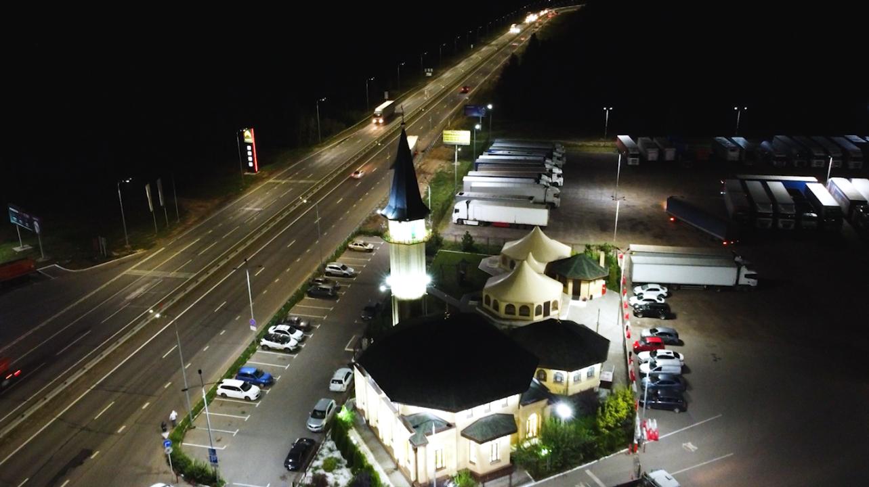 На трассе М-7 под Казанью установили более 30 км линий освещения