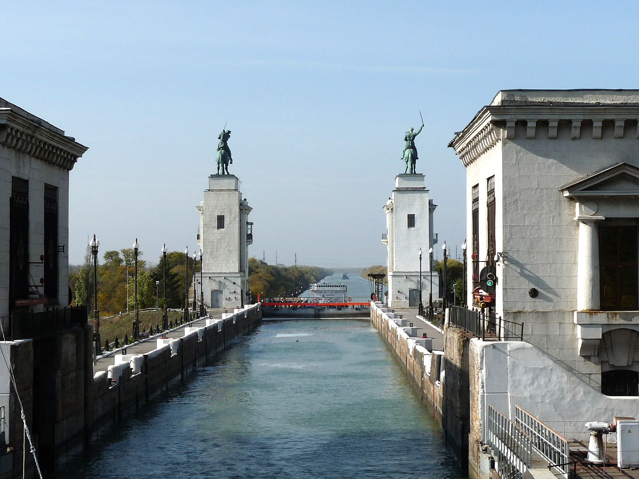 Движение по новому мосту через Волго-Донской канал планируют открыть к 2022-му году