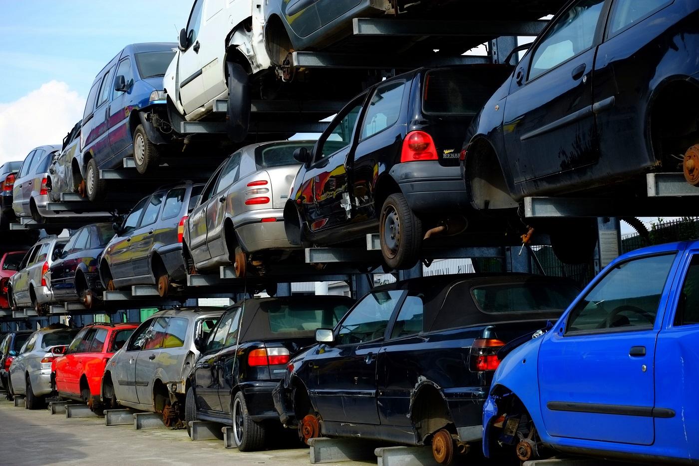 Правительство готово поддержать традиционно русских автопроизводителей на фоне повышения утилизационного сбора