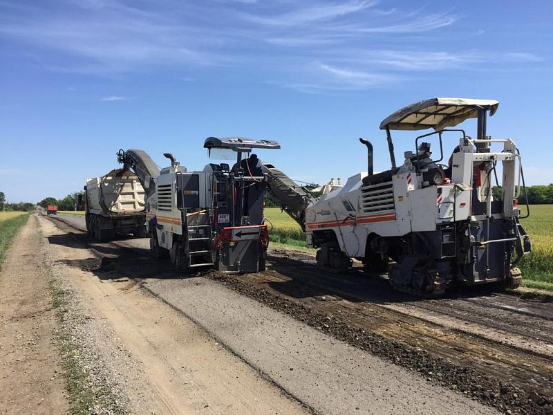Дорогу к трем муниципалитетам отремонтировали в Ставропольском крае в рамках национального проекта