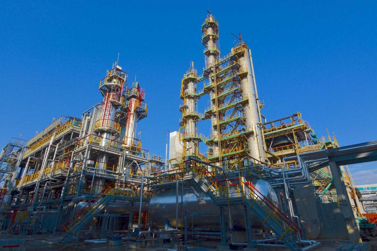 На Дальнем Востоке необходимо строить еще один нефтеперерабатывающий завод