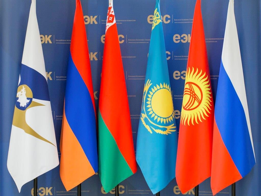 Президент предложил обнулить в ЕАЭС таможенные пошлины на материалы для значимых отраслей