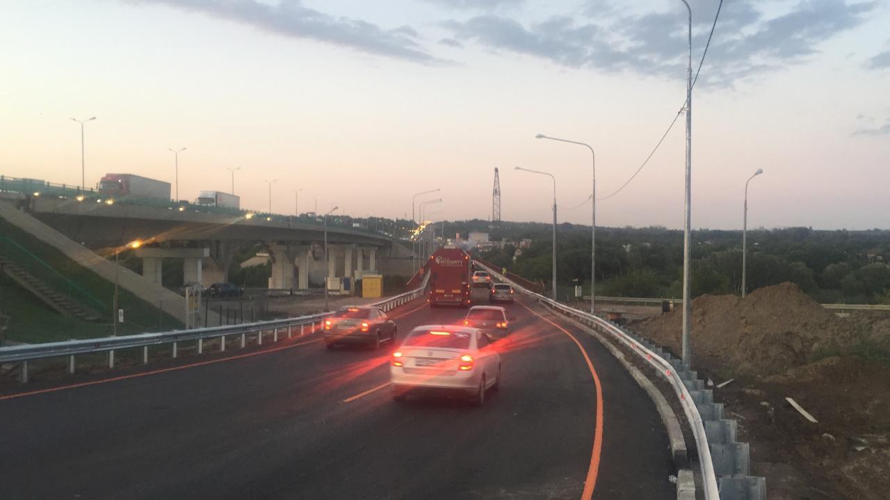Открылось движение по временному мосту через Северский Донец в Ростовской области