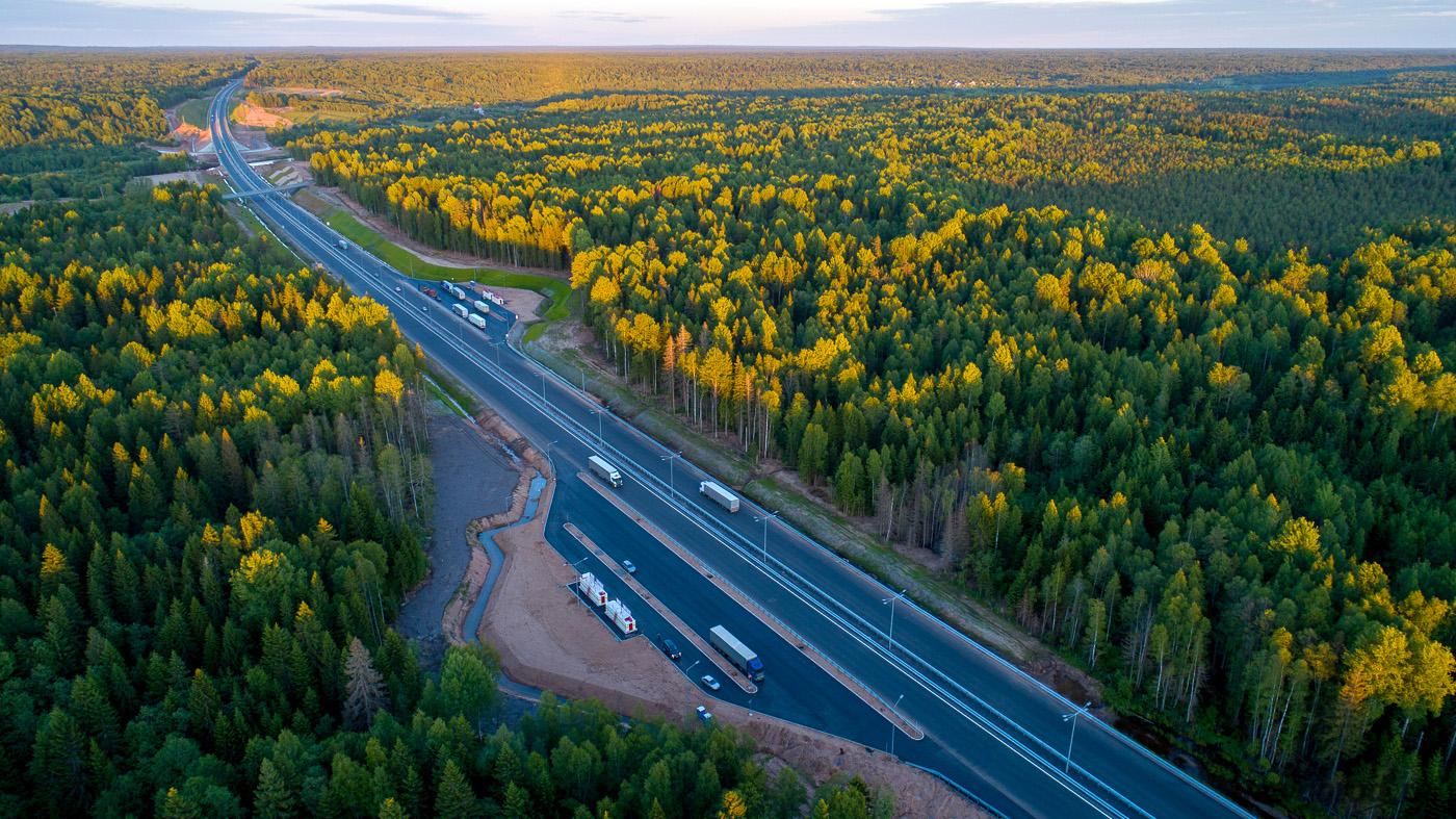 Заправки на российских магистралях будут строить через каждые 50 км