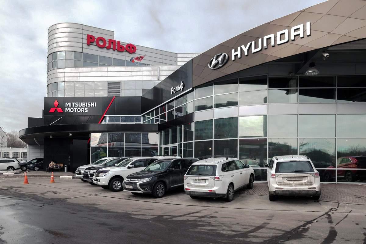 В Московской области дилеры возобновили продажу автомобилей