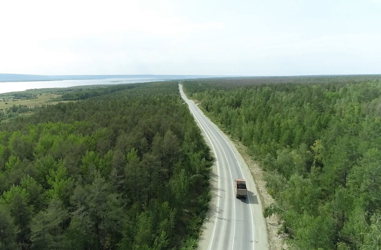 В Якутии расширят дороги на подъезде к мосту через Лену