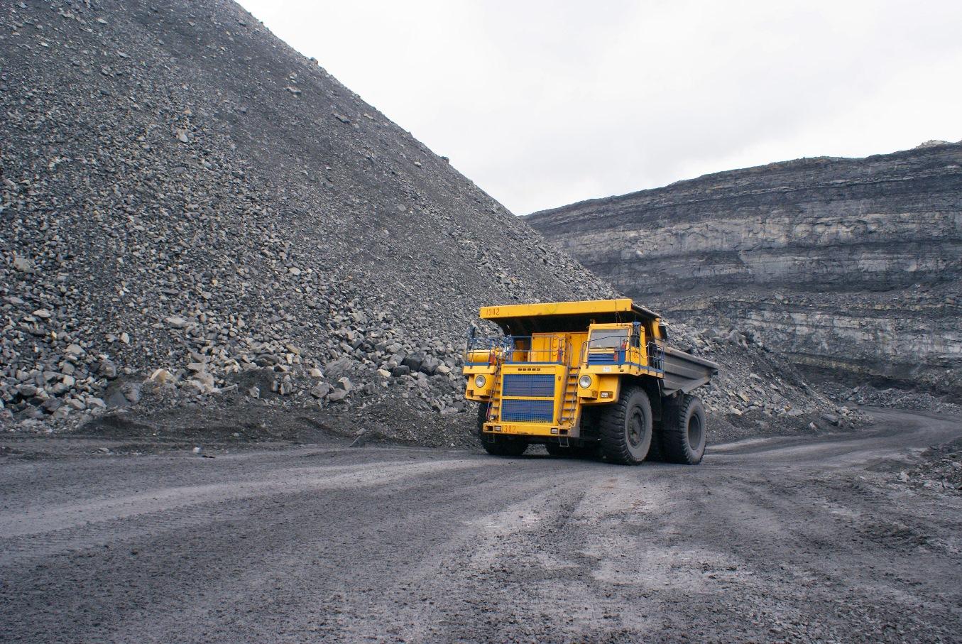 На Кузбассе весенние ограничения распространят на тяжеловесные грузовики