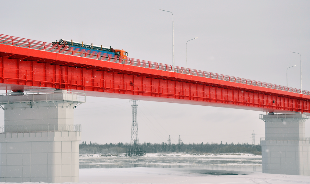 Плату за проезд по Пуровскому мосту в ЯНАО снизили на три месяца