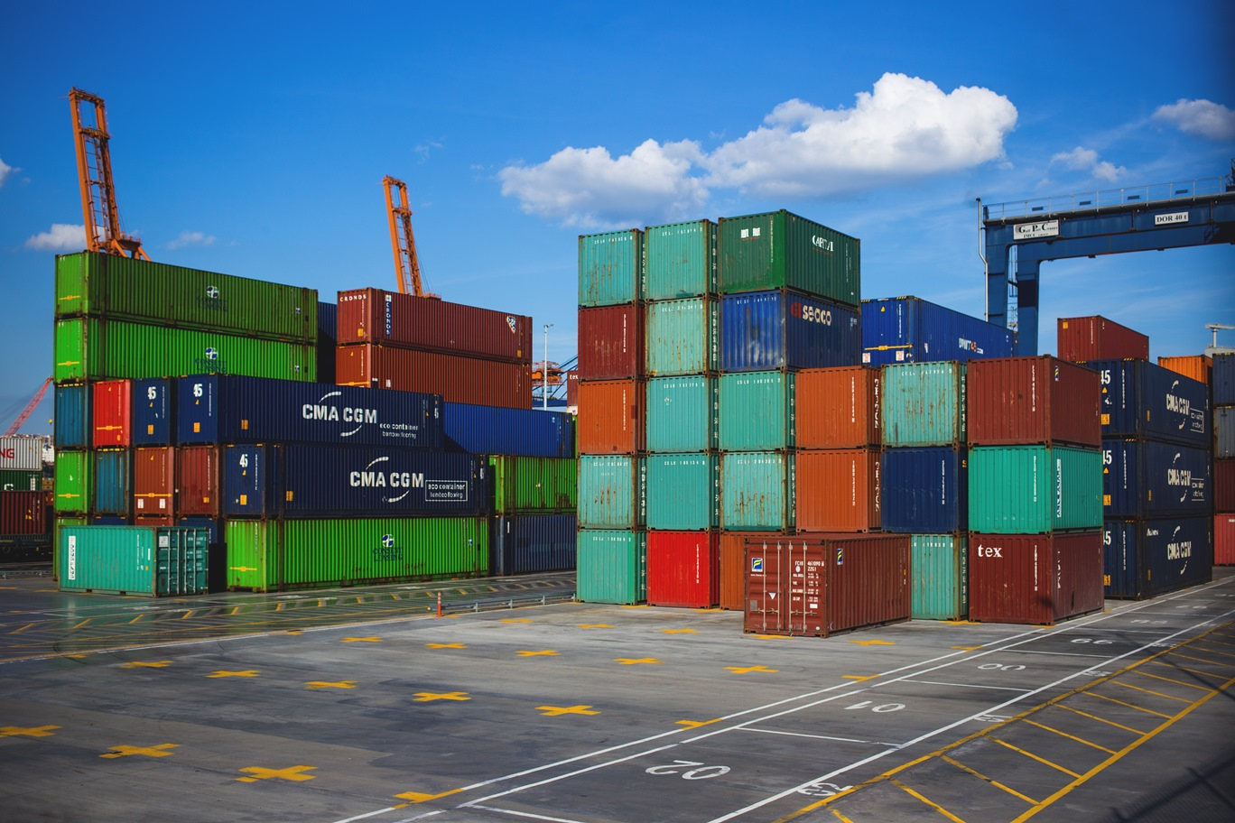 Автомобильным перевозчикам компенсируют затраты на транзит контейнеров