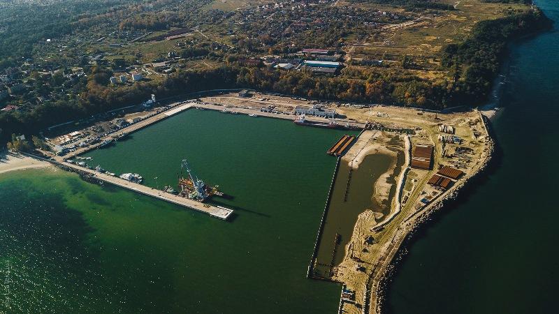 Строительство морского терминала в Пионерском под Калининградом задержится на 9 месяцев